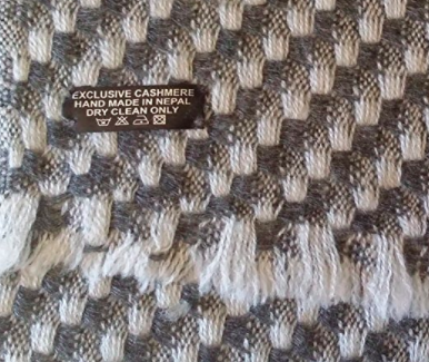 Cashmere Men's Scarf - Grey Pattern 2 - Label View